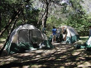 Quels sont les frais supplémentaires à prévoir en camping ?