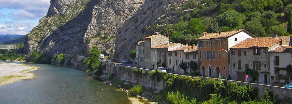 Domaine du Gaujac, un camping avec piscine dans le Gard