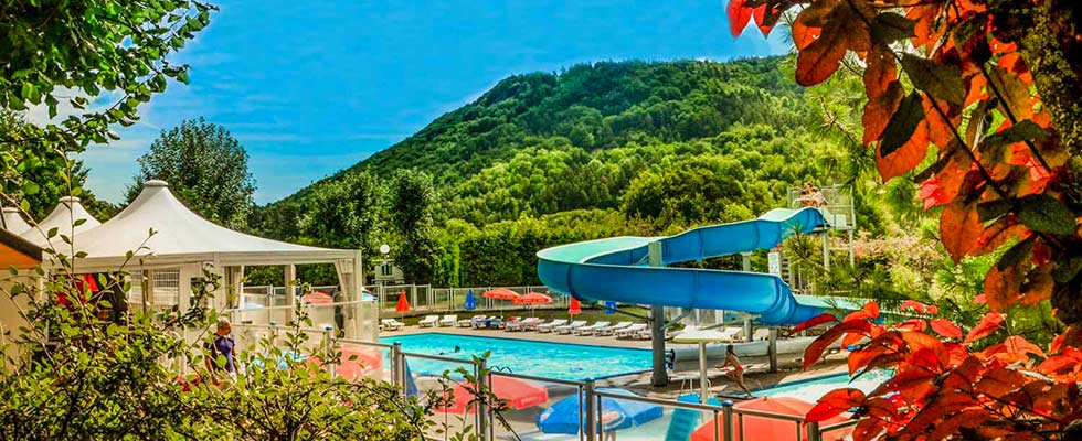 Vacances à Clermont Ferrand dans un camping 4 étoiles