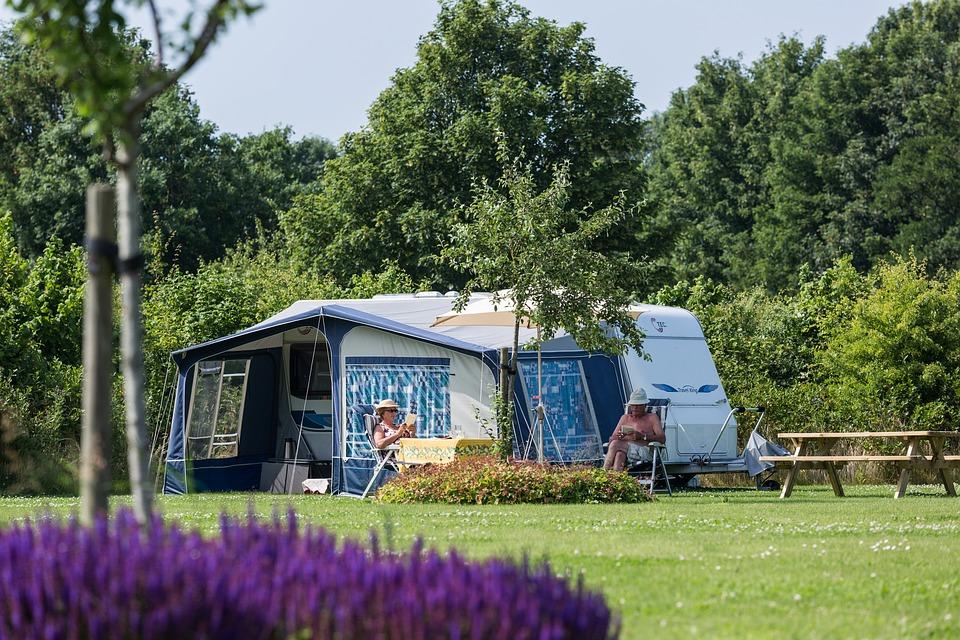 Vacances en camping mémorables dans le Lubéron